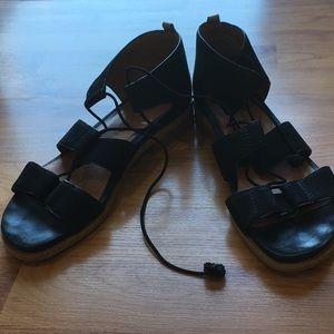 EUC Gentle Souls Lace Sandals Size 9
